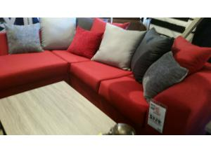 2 Piece Sectional Oscar Red