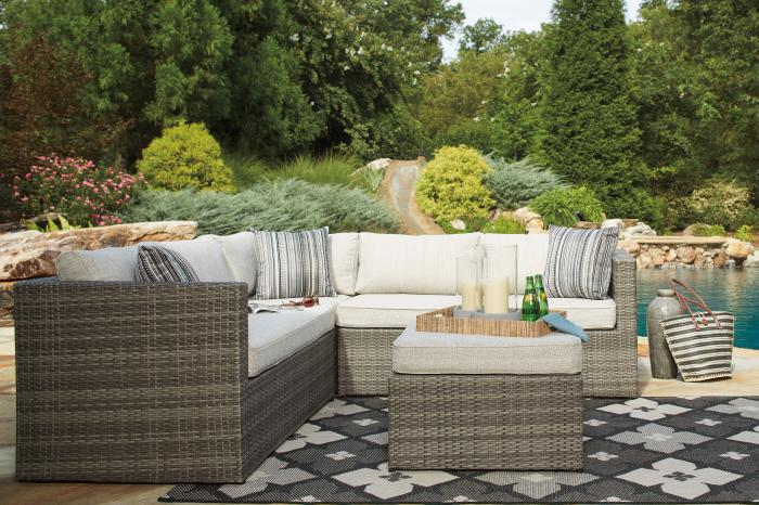 Peckham Park 3 Pc Outdoor Sectional w/Ottoman,Ashley Outdoor
