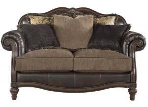 Winnsboro loveseat