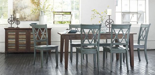 Mestler Dark Brown Rectangular Dining Table w/4 Antique Blue Side Chairs