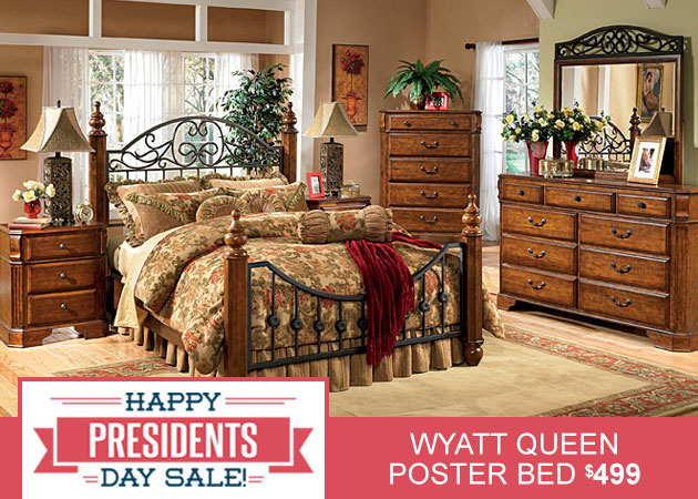 Wyatt Queen Poster Bed