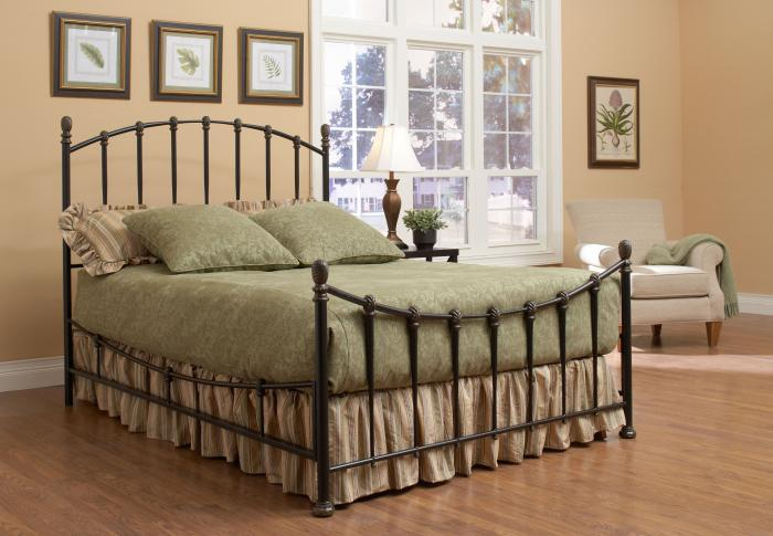 New London Queen Metal Bed,Largo Furniture