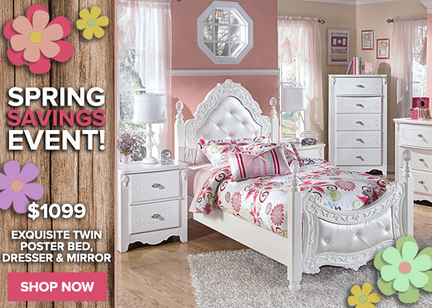 Exquisite Twin Poster Bed, Dresser & Mirror