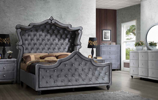 Meridian Furniture Bed