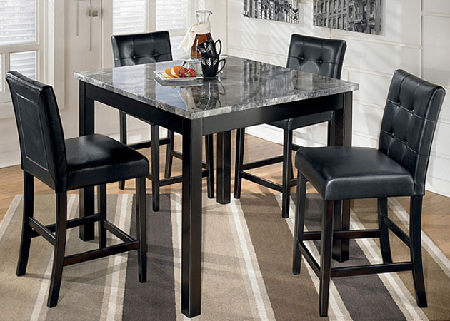 Maysville Dining Set