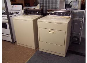 Preowned washer and dryer set