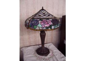 Leaded Table Lamp
