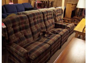 La-z-boy duel reclining sofa and recliner