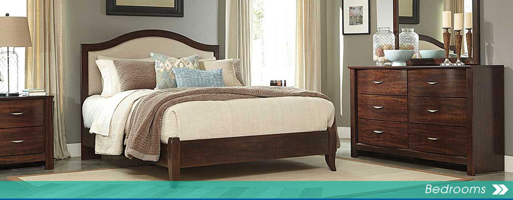 Corraya Medium Brown Queen Upholstered Bed