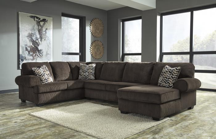 Jinllingsly Chocolate Right Facing Sectional,Woodstock Showcase