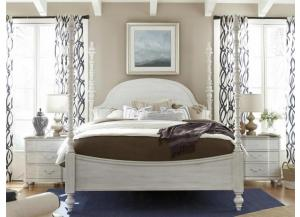 Universal Dogwood Queen Poster Bed