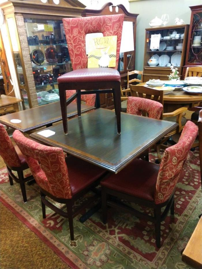 Table & 4 Chairs,Pre-Owned Furniture