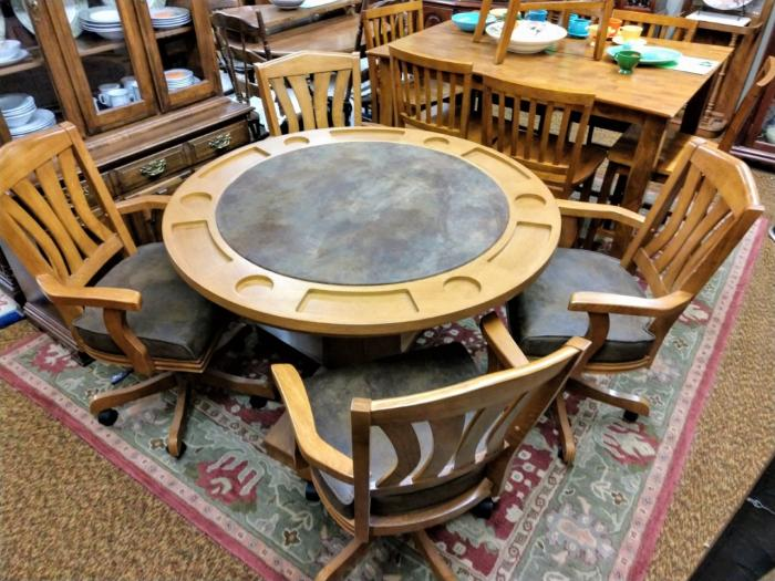 Game Table,Pre-Owned Furniture