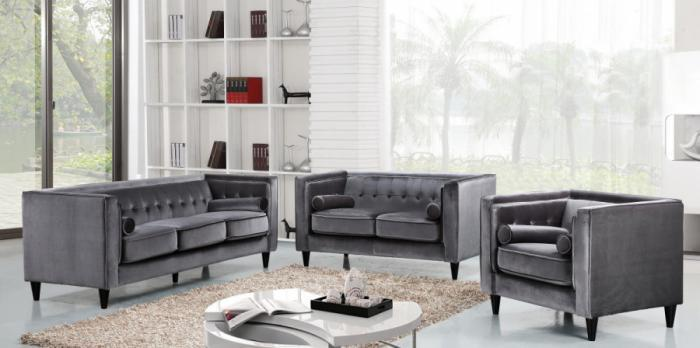 642 Grey Sofa and Loveseat,Meridian Furniture