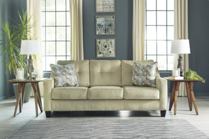 Bizzy Meadow Sofa,Brandywine Showcase