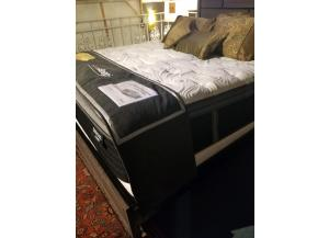Manhatton Queen Pillow Top Mattress and Base (Original Price$1200) FLOOR MODEL