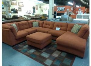 2pc Sectional w/Ottoman