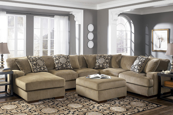 Superbe Sofa And Chair Sets In Brooklyn