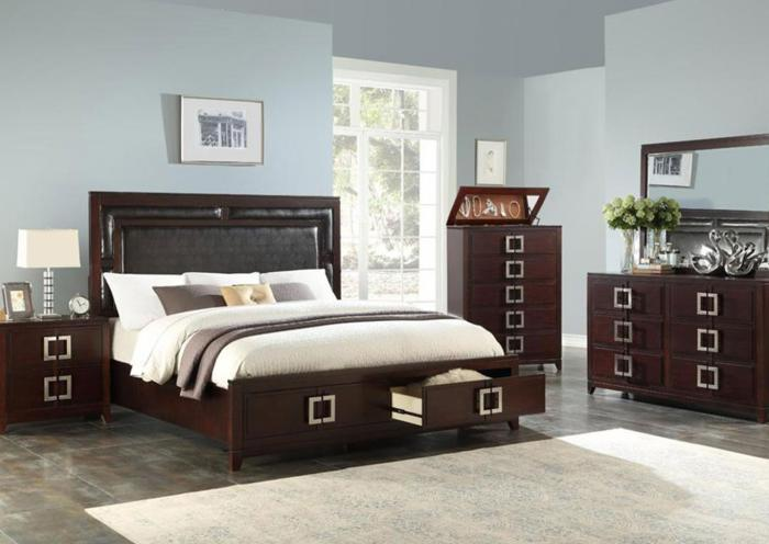 Brown 5 Piece Bedroom Set (queen bed w/Dresser, Mirror, Chest and Nightstand),Harlem In-Store