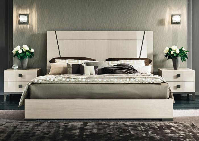 VEGA QUEEN BED,Huffman Koos