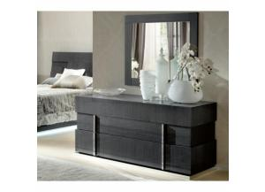 Image for SOPRANO DRESSER