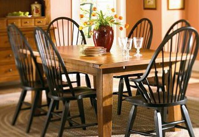 BROYHILL ATTIC HEIRLOOMS DINING TABLE & 6 CHAIRS,BROYHILL FURNITURE