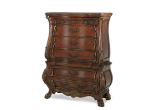 CHATEAU BEAUVAIS CHEST