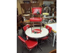 Coke dinette set w/4 chairs