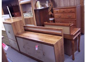 Oak/white queen bedroom suit