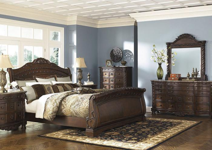 North Shore Queen Bedroom Set,ASHUM