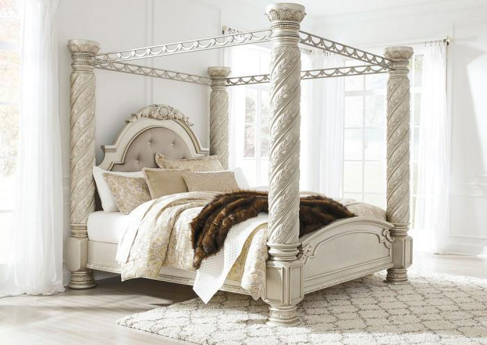 Cassimore King Canopy Bed,ASHUM
